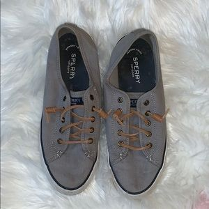 Grey Sperrys